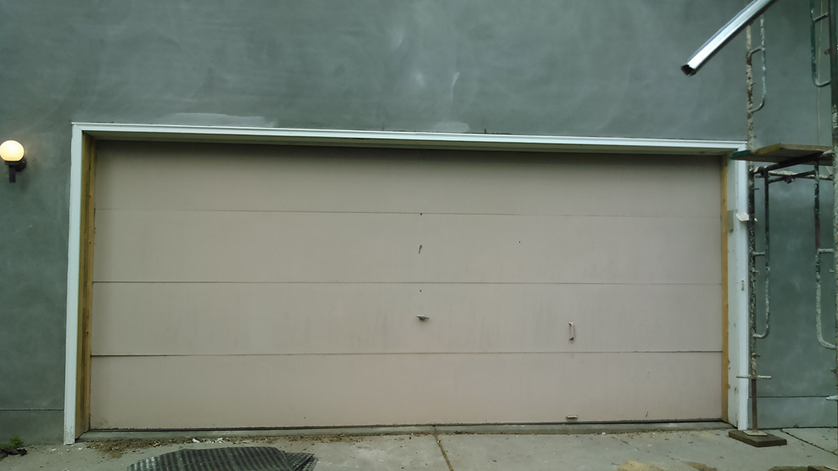 Garage Door Before Photo 2
